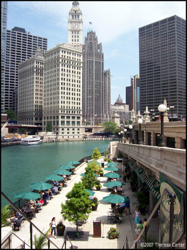 Chicago River Walk Tour